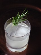 Spice Island cocktail with rosemary