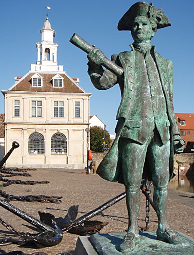 Statue of George Vancouver on the quay at his birthplace in Kings Lynn, Norfolk. Horatio Nelson was born a year later just 20 miles away. Author photo