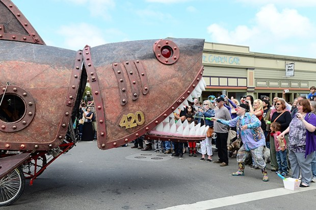 Steampunk Shark chomps its jaws for the crowd and the glory. - MARK MCKENNA