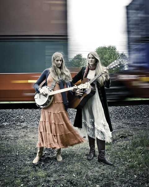 The Shook Twins - PHOTO BY JOSH LATHAM