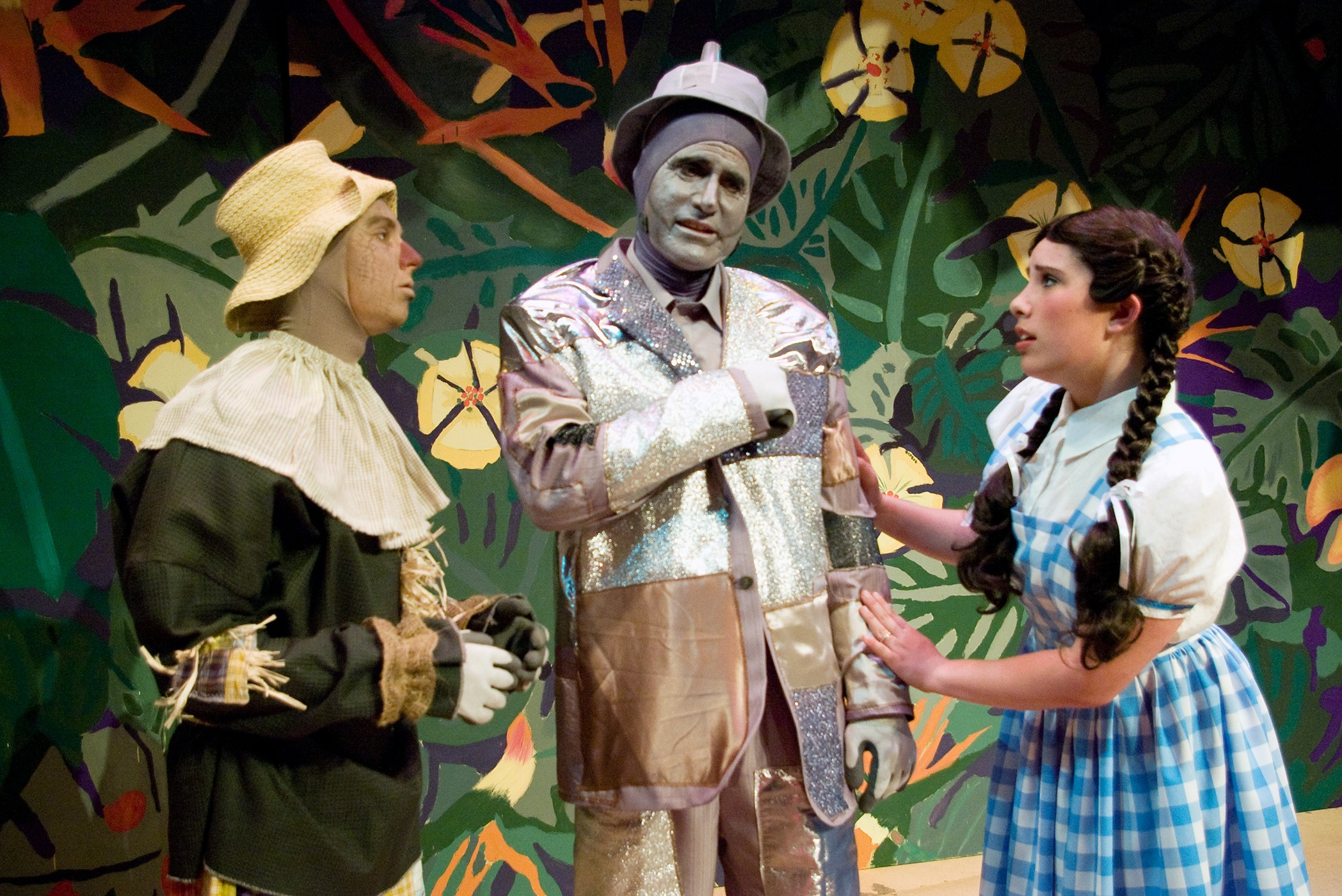 "Tyler Rich, Bill Ryder and Fiona Ryder in ""The Wizard of Oz"" - COURTESY OF HLOC"