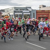 'Tis the Ugly Sweater Season: Photos from Sunday's Run