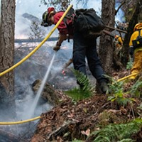 Knob Fire Holding as River Complex Grows
