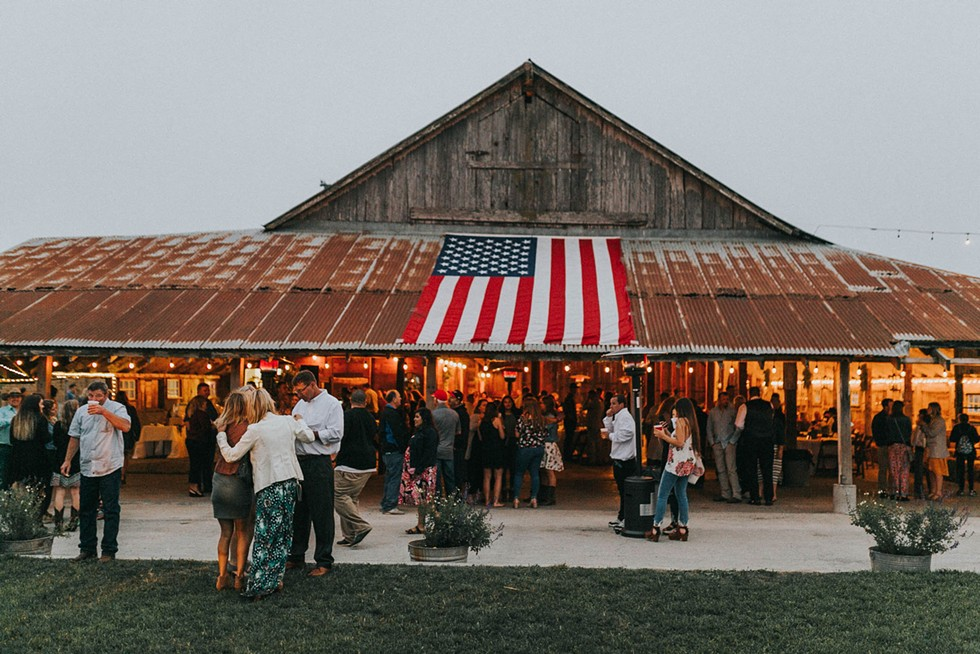 The Barn by Fernbridge. - CALLIE BRODT PHOTOGRAPHY