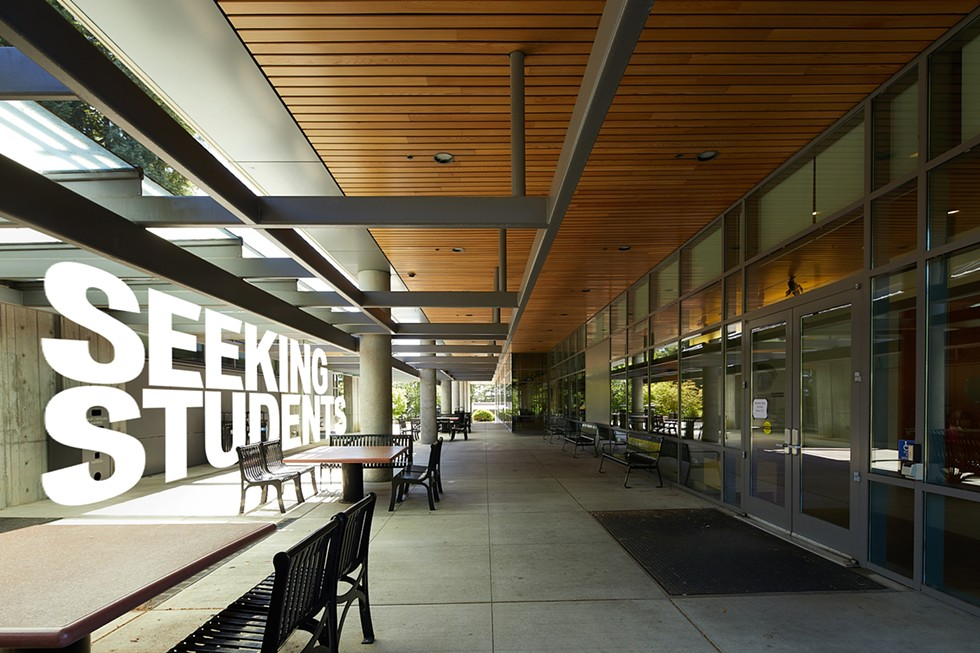 The front of the Behavioral and Social Sciences Building at HSU.