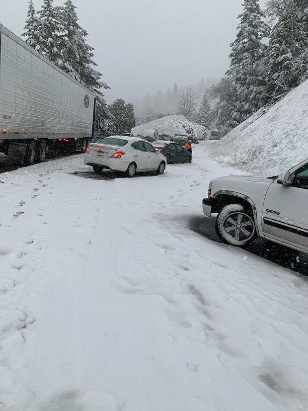 Conditions on U.S. Highway 101 in Mendocino around Laytonville just before 6 p.m. - CALTRANS