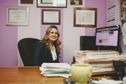 Public defender Heidi Holmquist manages several hundred criminal cases at a time ranging from misdemeanors to violent felonies. - LEÓN VILLAGÓMEZ
