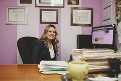 Public defender Heidi Holmquist manages several hundred criminal cases at a time ranging from misdemeanors to violent felonies. - LEÓN VILLAGÓMEZ