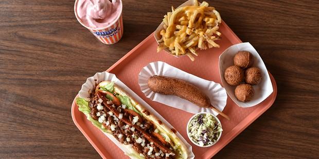 casual_dining-magnum.jpg