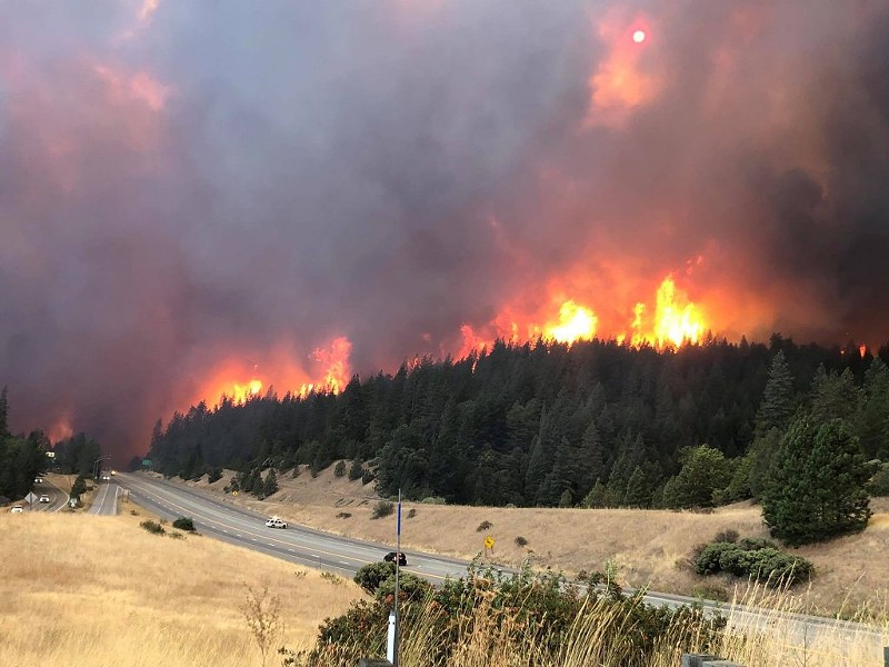 Delta Fire closes down a stretch of I-5. - CHP
