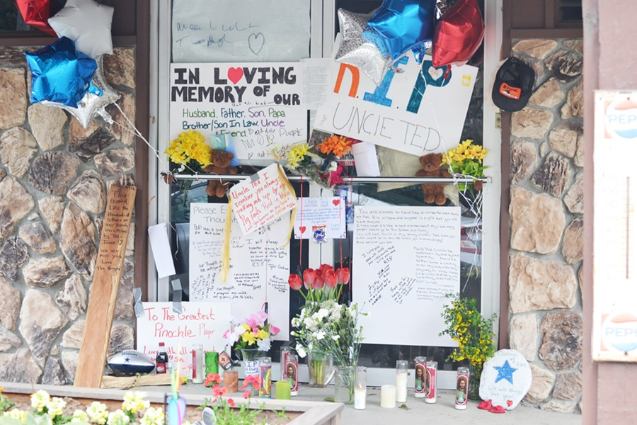 Tributes left at the Dueys' grocery, Ted and JoAnn's, after Ted Duey's death. - COURTESY OF THE DUEY FAMILY