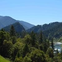 The Klamath River near Ishi Pishi Falls.