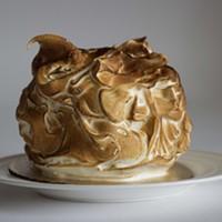 Lemon meringue cake: a unifying force.
