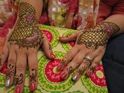 5e7271b4_henna.jpg