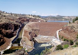 PHOTO BY PAUL GAMACHE/RIVERS FOR CHANGE - Iron Gate Dam, with the spillway on the left, fish hatchery and powerhouse on the right.