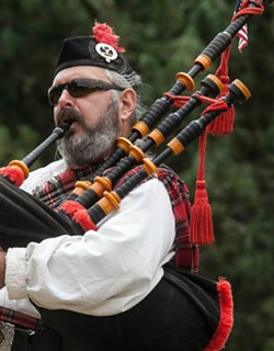 Roddy Ross on bagpipes