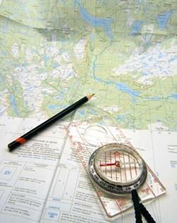 9656a966_orienteering_compass-1420688.jpg