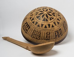 nigerian_calabash_and_spoon_800x621_.jpg