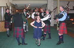 chieftain_denise_ryles_leading_in_the_humboldt_highlanders_p.jpg