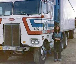 3db02272_genger_with_truck.jpg