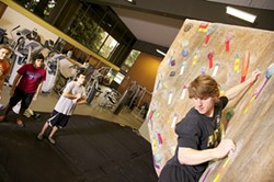 5be2569b_climbing_indoor_102212_056.jpg