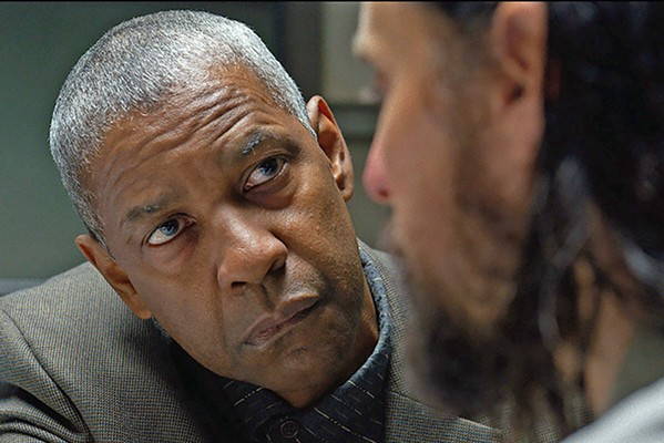 """UNSOLVED Obsessed deputy sheriff Joe """"Deke"""" Deacon (Denzel Washington, left) questions Albert Sparma (Jared Leto) about a series of murders, in The Little Things, a so-so crime drama now screening on HBO Max. - PHOTO COURTESY OF WARNER BROS."""