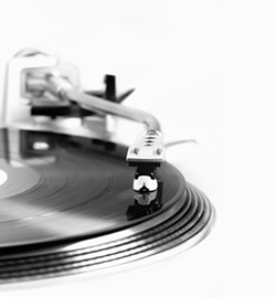 opinion-turntable-in-motion0.jpg