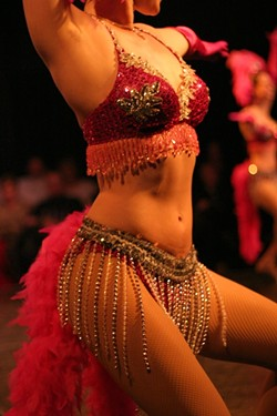 VA-VA-VHROOM! :  Showgirls! Martinis! Sinatra's music! Swingin' with Sinatra has it all! - PHOTO BY GLEN STARKEY