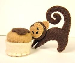 U2ROBLES :  Felt monkey, $5 - PHOTO COURTESY OF U2ROBLES
