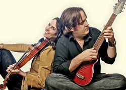 BLISS! :  Excellent husband and wife duo Bettman & Halpin play the next Música Del Río House Concerts on Feb. 14. - PHOTO COURTESY OF BETTMAN & HALPIN