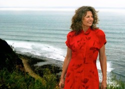 CLASSIC JAZZ :  The next City Nights Jazz concert features San Diego vocalist Robin Adler, who plays with the Mike Raynor Group onMay 1,at the Inn at Morro Bay. - PHOTO COURTESY OF ROBIN ADLER
