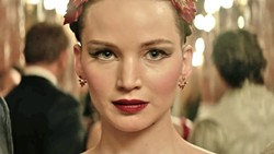 ON POINTE In Red Sparrow, a prima ballerina (Jennifer Lawrence) undergoes training to become part of a deadly secret intelligence service. - PHOTO COURTESY OF 20TH CENTURY FOX