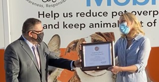 Carbajal recognizes local pet advocacy organization with award for work during pandemic