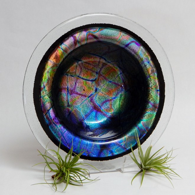 Larry Le Brane's Iridescent Fused Glass Bowl, Food-safe.