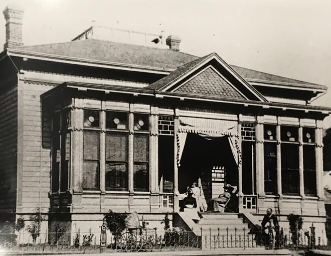 victorian_goldtree_house.jpg