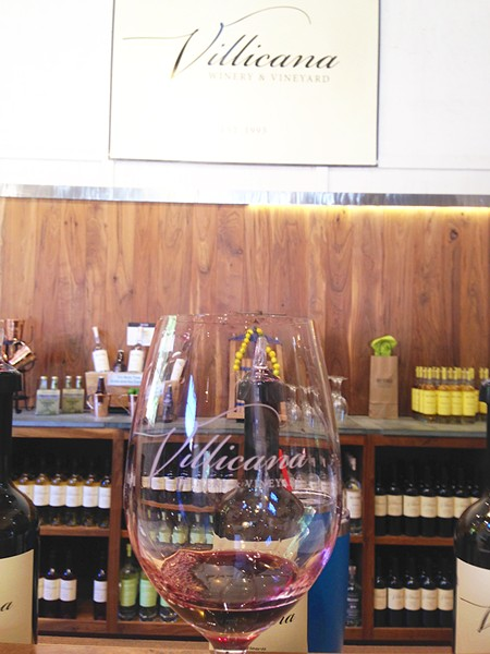 ON THE ADELAIDA Villacana Winery/Re:Find served up delightful wine and spirits on July 29. My favorites were the Syrah and the vodka. - PHOTO BY PETER JOHNSON