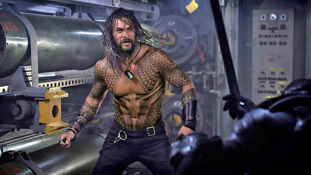 DON'T MESS WITH THE WET ONE! Arthur Curry (Jason Momoa) claims his title as heir to Atlantis and saves the world, in Aquaman. - PHOTO COURTESY OF DC ENTERTAINMENT