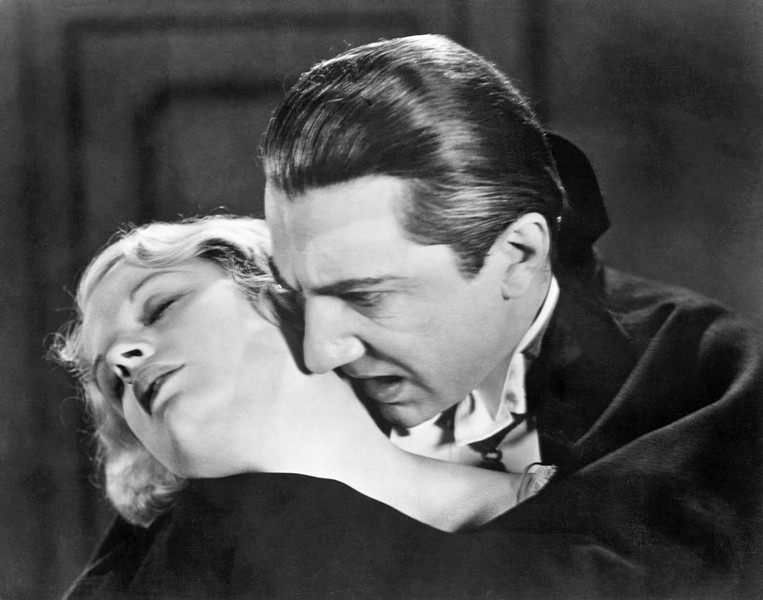 I VANT TO SUCK YOUR BLOOD Bela Lugosi stars as the legendary vampire, Count Dracula, who heads to England to prey upon Mina (Helen Chandler), in the 1931 classic, Dracula, screening on Oct. 27, in the SLO Brew Rock Event Center. - PHOTO COURTESY OF UNIVERSAL PICTURES