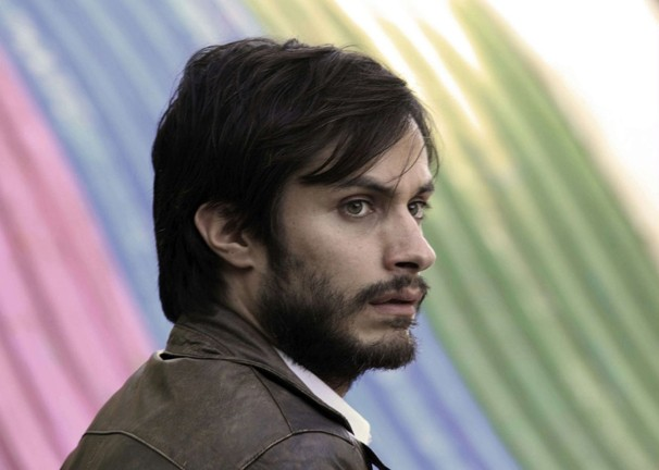 NO :  Gael García Bernal plays Chilean advertising executive René Saavedra, who helps create a campaign to overthrow Pinochet in Pablo Larrain's No, the first Chilean film ever to be nominated for an Oscar. - PHOTO COURTESY OF IFC FILMS