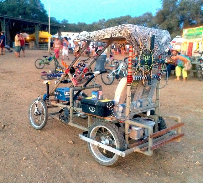 LIVE OAK-MOBILE:  This contraption was spotted near the Live Oak backstage. - PHOTO BY GLEN STARKEY