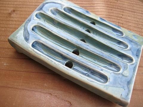 LEANDOGPOTTERY :  Rectangle soap dish, $13 - PHOTO COURTESY OF LEANDOGPOTTERY