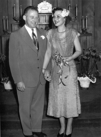 CHRISTMAS BRIDE:  Alex and Phyllis Madonna were married on Dec. 28, 1949 at the Little Church of the West in Las Vegas.