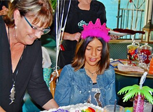 New nonprofit helps disadvantaged kids celebrate their birthdays