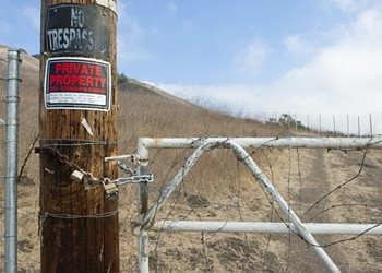 After a mix-up, officials order the removal of Ontario Ridge fences