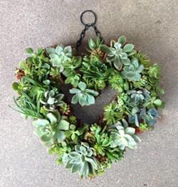 4625fc93_heart_succulent_wreath_300_dpi.jpg