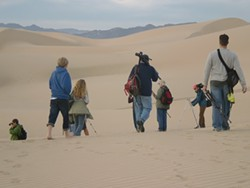 cb112279_photo_hike_at_pacific_dunes_center.jpg
