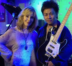 Jeanne Newhall & Kazunori Koga live at Sculpterra Winery - Uploaded by Kathryn Raine