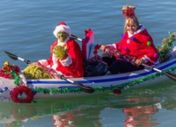Holiday Paddle Parade - Uploaded by The Rock Community Radio