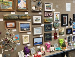 Holiday Small Gift Show - Uploaded by Patti Everett