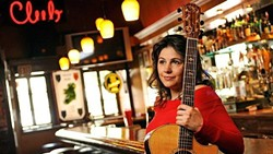 Songwriters at Play Features Sara Petite at The Savory Palette - Uploaded by Kathryn Raine